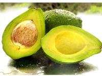 Uleiul de avocado combate imbatranirea pielii