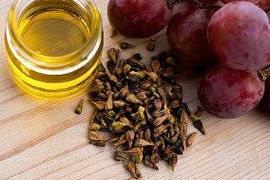 Beneficiile uleiului din samburi de struguri