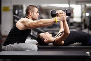 Ce sa mancati inainte de a merge la sala pentru a pierde in greutate si a construi masa musculara