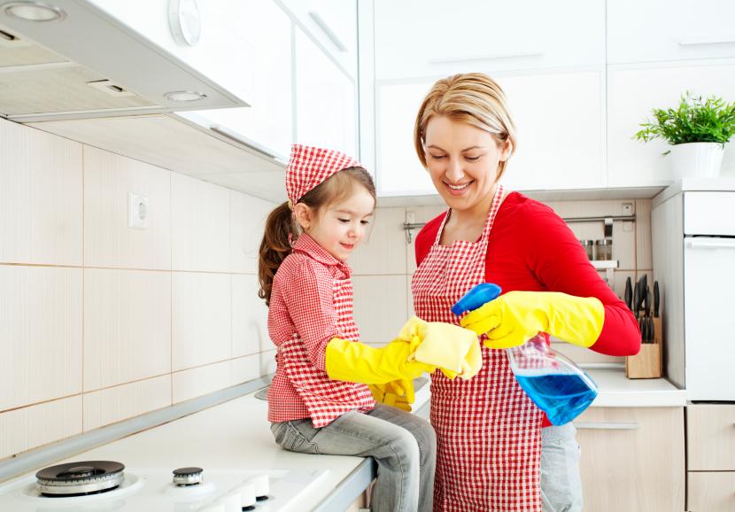 Cum sa evitam chimicalele din produsele de curatat?